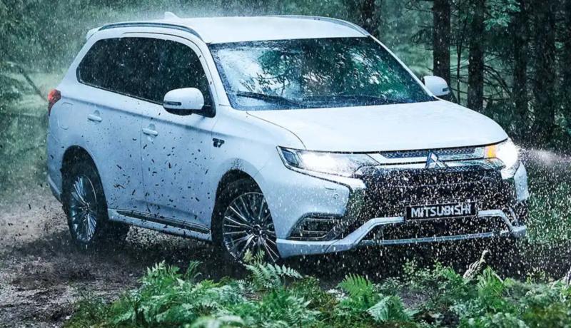 Explore the New Mitsubishi Outlander PHEV