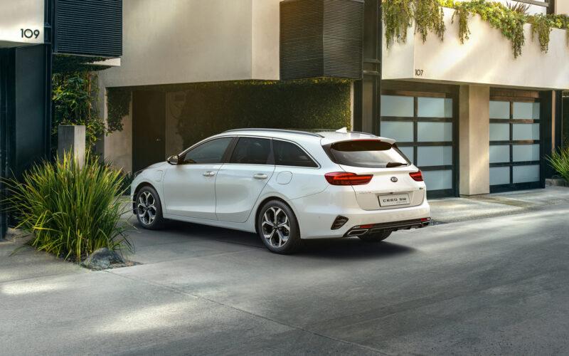 Kia Ceed Sportswagon Plug-In Hybrid - Image 4