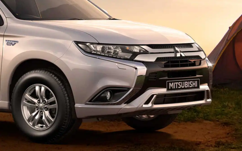 Mitsubishi Outlander PHEV - Image 5